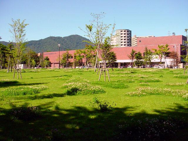 020802midorinohiroba.jpg