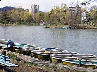 110429boat.jpg